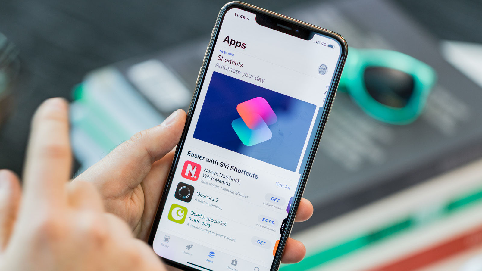 How to fix iPhone XS Max cellular signal keeps dropping